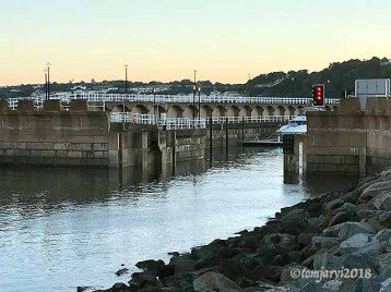 The lock, high tide